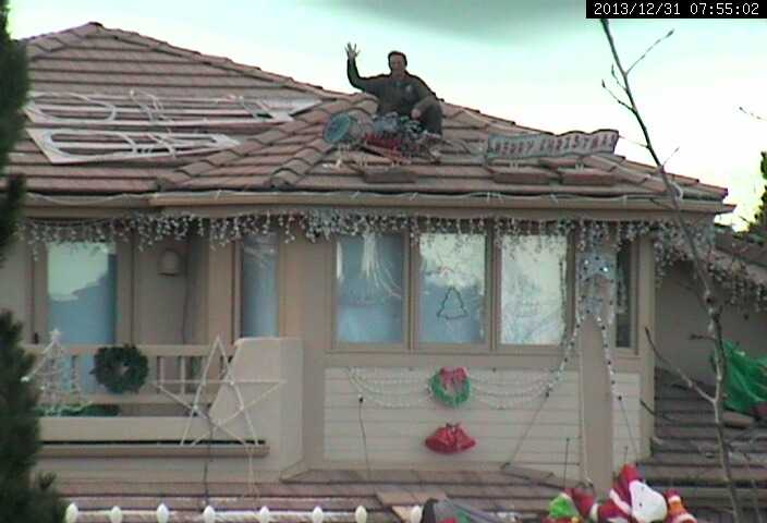 christmas takedown house roof