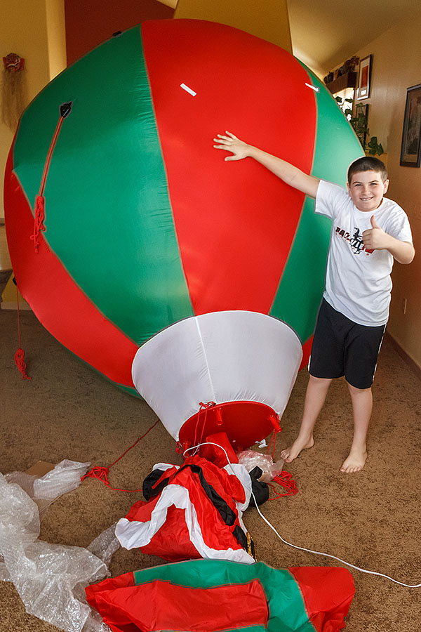 santa balloon inflated
