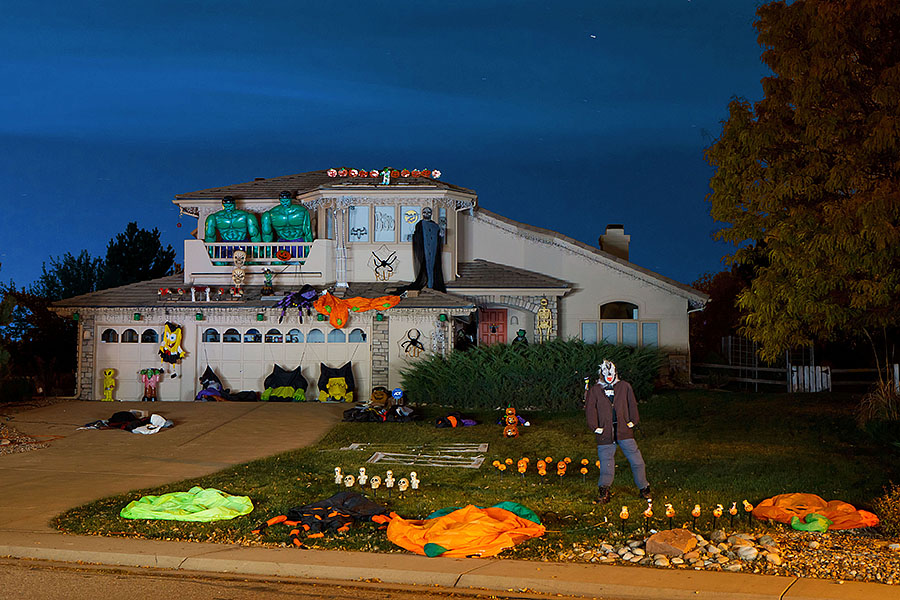 halloween house no moon flashlight
